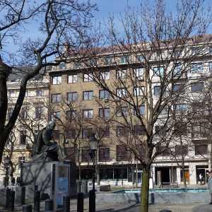 Hviezdoslavovo námestie 0